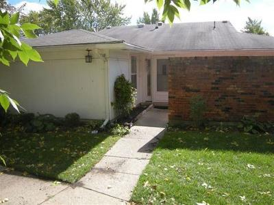 Huber Heights Single Family Home Contingency/Show: 5818 Troy Villa Boulevard #.