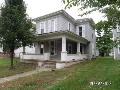 Urbana Single Family Home For Sale: 819 N Main