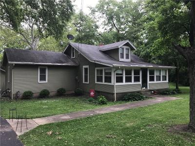 Springfield Single Family Home For Sale: 5671 Dayton Springfield Road