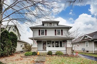 Springfield Single Family Home For Sale: 146 N Kensington Place