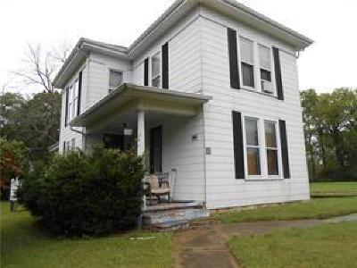 Single Family Home Sold: 8301 Springfield -jamestown