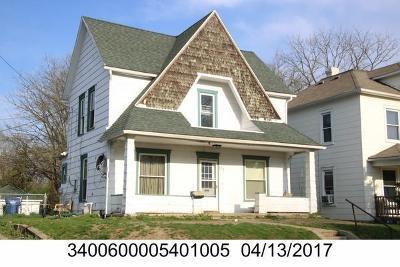 Springfield Single Family Home For Sale: 517 N Shaffer
