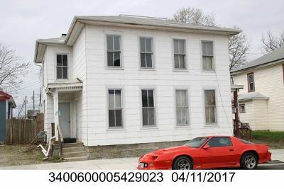 Springfield Multi Family Home For Sale: 11 N Shaffer