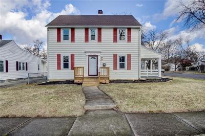 Springfield Single Family Home For Sale: 800 Snowhill
