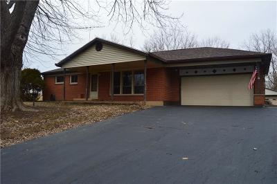 Springfield Single Family Home For Sale: 1878 Winding Trail