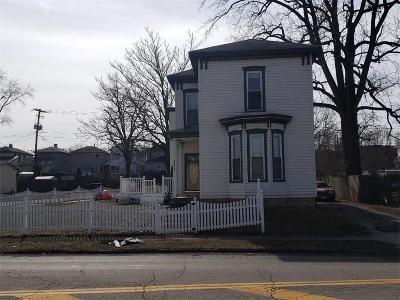 Springfield Single Family Home For Sale: 1417 W Main Street