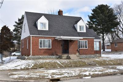 Springfield Single Family Home For Sale: 402 E 3rd