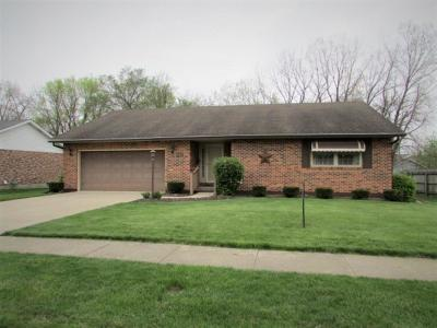 Springfield OH Single Family Home For Sale: $160,000