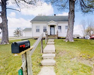 South Vienna Single Family Home Contingency/Show: 12318 Old Columbus Road