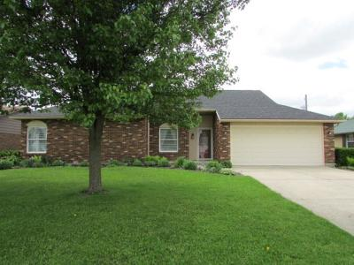 Springfield OH Single Family Home For Sale: $164,900