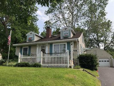 Springfield Single Family Home For Auction: 1179 Driscoll