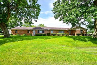 Springfield Single Family Home For Sale: 95 King Tree Lane