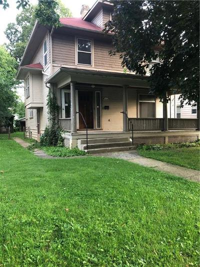 Springfield Single Family Home For Sale: 371 E Madison Avenue