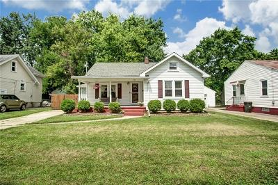 Springfield Single Family Home Contingency/Show: 241 Lawnview Avenue