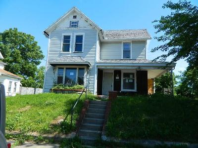 Springfield Single Family Home For Sale: 720 W Mulberry Street