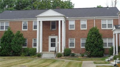 Springfield Condo/Townhouse For Sale: 1531 N. Plum St. #C