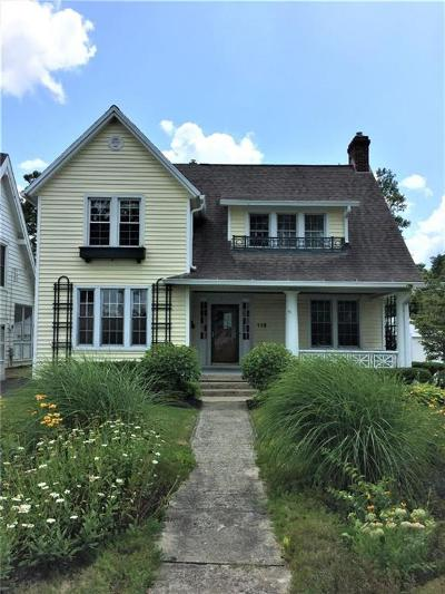 Springfield Single Family Home For Sale: 115 N Kensington Place