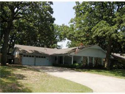 Single Family Home Sold: 6708 Tall Oaks Dr