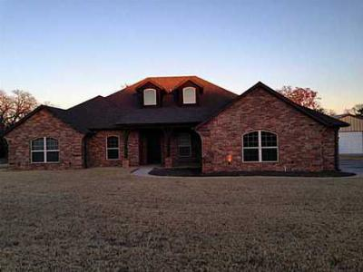 Single Family Home Sold: 15367 Whispering Hills