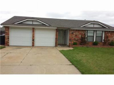 Oklahoma City OK Single Family Home Sold: $105,000