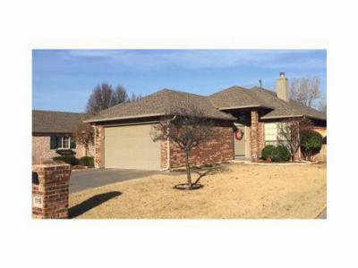 Single Family Home SOLD: 11116 Springhollow Ct