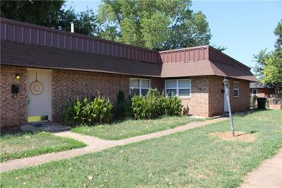 Moore Multi Family Home For Sale: 140 NE 12th Street