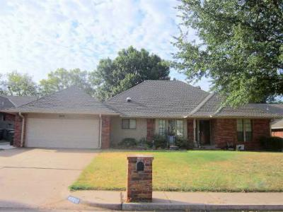 Single Family Home Sold: 2608 Woodhollow Trl