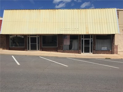 Lincoln County Commercial For Sale: 606 W Carl Hubbell