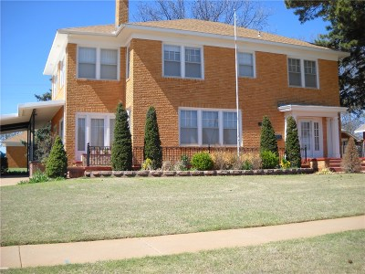 Sayre Single Family Home For Sale: 1001 N 4th