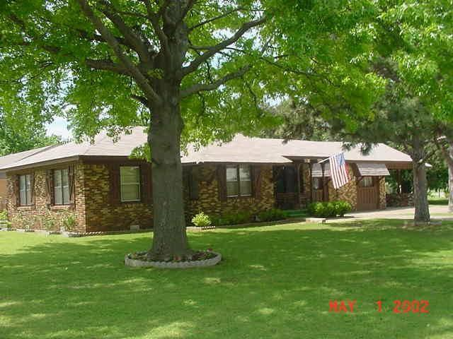 Nichols Hills area bargain home for sale