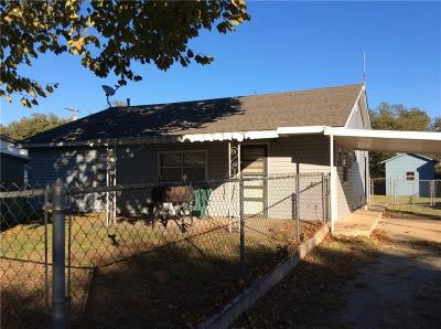 Fort Cobb Single Family Home For Sale: 603 N. Pioneer