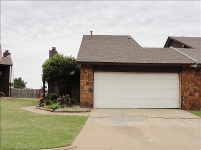Oklahoma City Multi Family Home For Sale: 2203 Shadowridge Drive