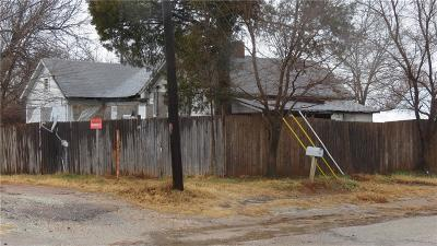 Meeker Single Family Home For Sale: 112 N Fowler