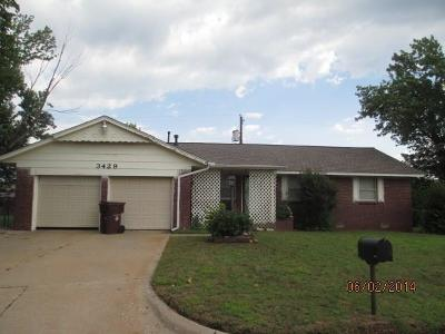 Spencer Single Family Home For Sale: 3429 Paradise Circle