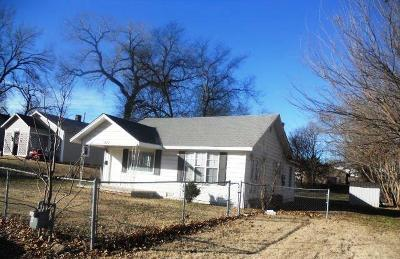Chickasha Single Family Home For Sale: 1520 S 8th Street