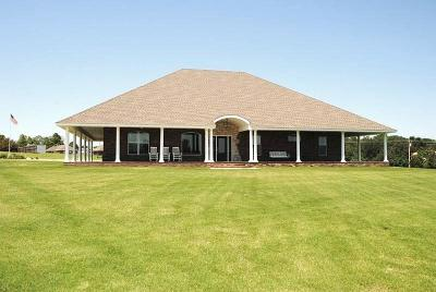 Blanchard Single Family Home For Sale: 1004 Lake Front