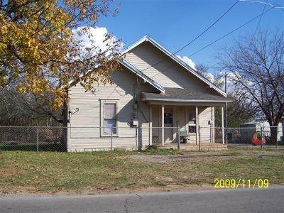 Chickasha Single Family Home For Sale: 1901 S 6th Street
