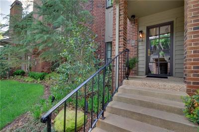 Oklahoma City Condo/Townhouse For Sale: 6204 Waterford Boulevard #38