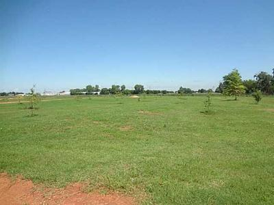 Chickasha Residential Lots & Land For Sale: 715 N 13th