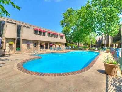 Oklahoma City Condo/Townhouse For Sale: 6000 N Pennsylvania #211A