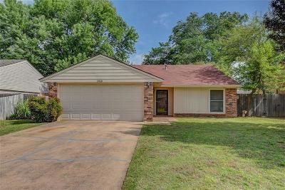Norman Single Family Home For Sale: 1919 Oakhollow