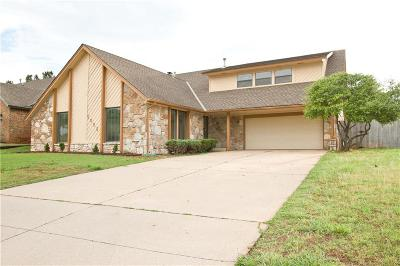 Warr Acres Single Family Home For Sale: 7005 N Lake Front Drive