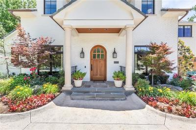 Nichols Hills Single Family Home For Sale: 1824 Dorchester Place