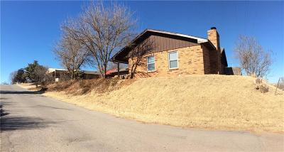 Binger Single Family Home For Sale: 107 W Cottonwood