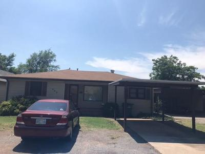 Single Family Home For Sale: 603 N Byers
