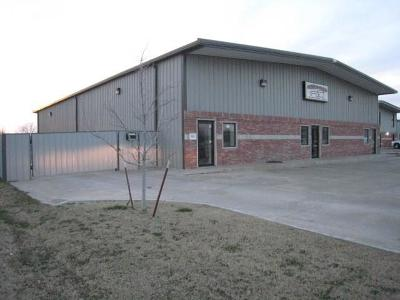 Moore Commercial For Sale: 601 Messenger Lane #C