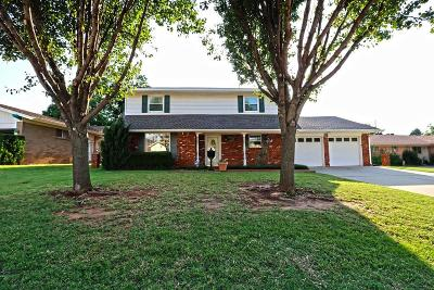 Warr Acres Single Family Home For Sale: 7205 Seminole Terrace