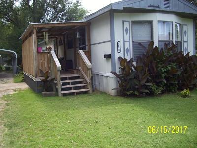 Anadarko Single Family Home For Sale: 1010 3rd