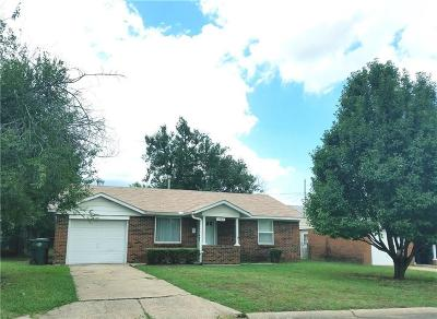 Midwest City Single Family Home For Sale: 1002 Bell Drive
