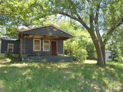 Shawnee Single Family Home For Sale: 929 N Draper